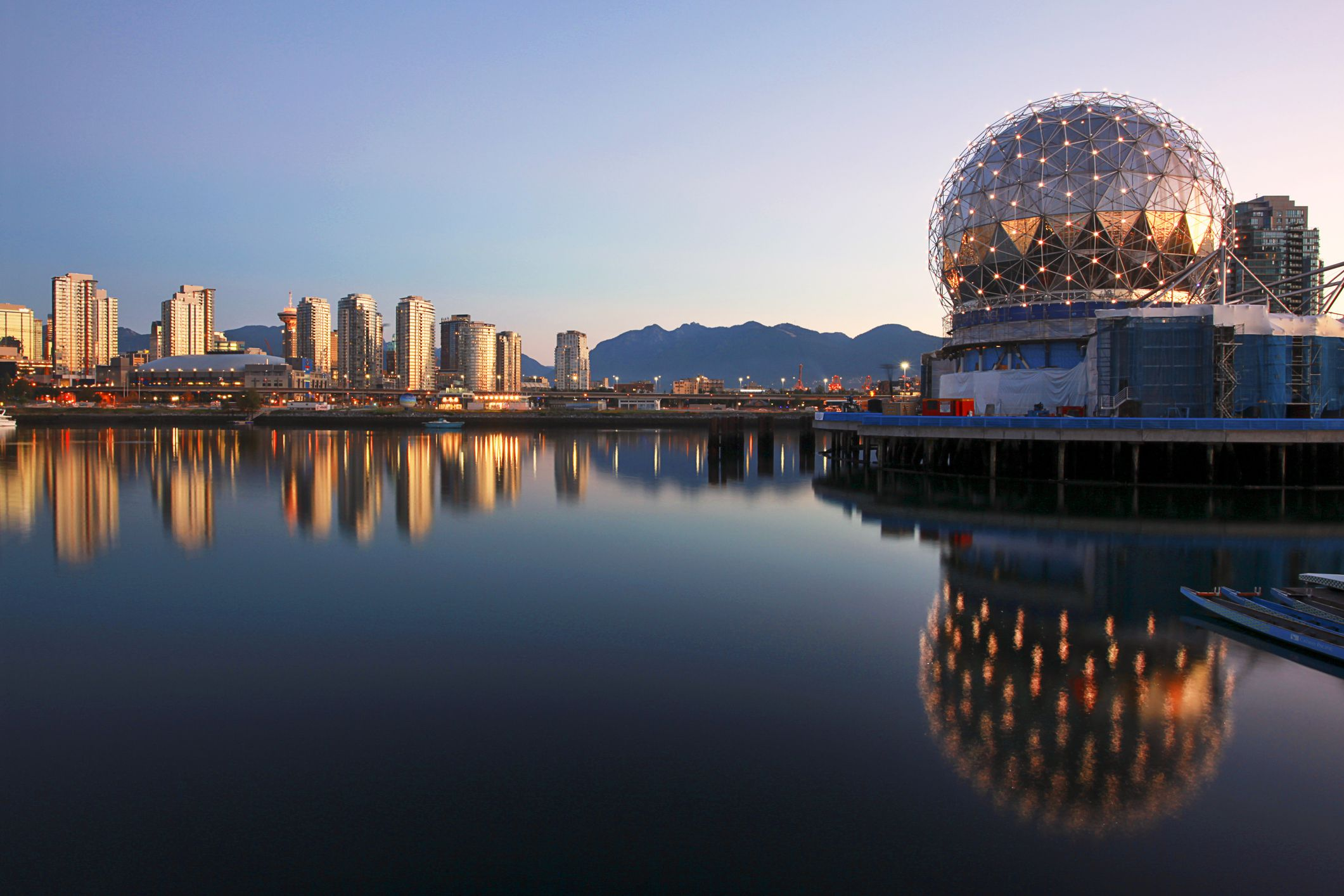 12 Things To Do In Olympic Village Vancouver