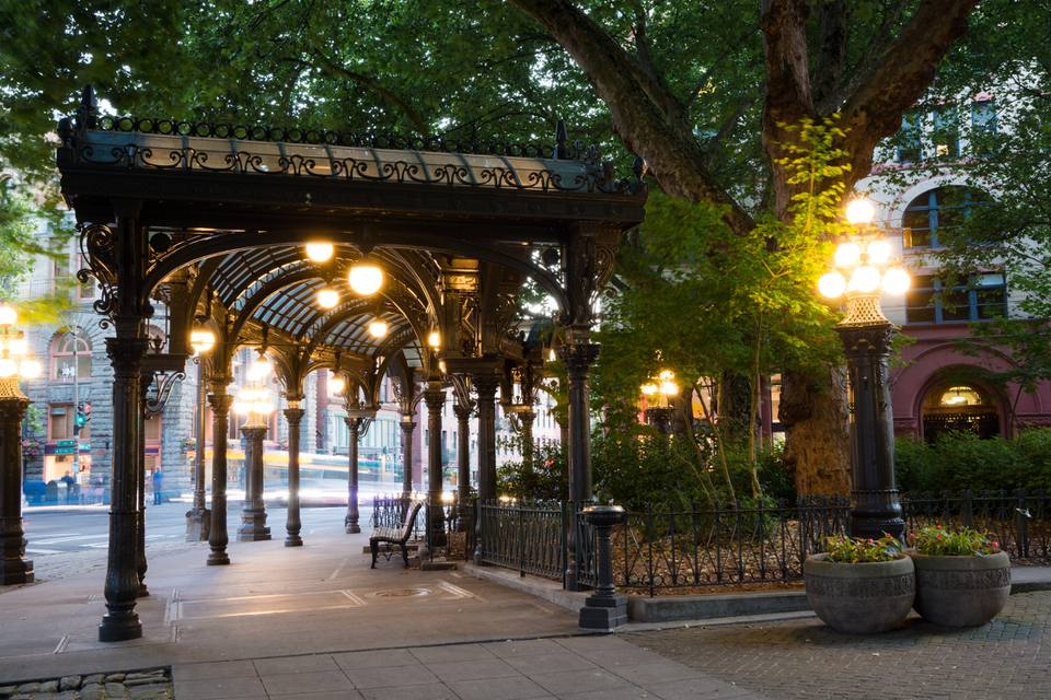 Best Things To Do In Pioneer Square Seattle