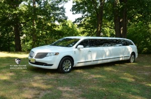 10 Passenger Lincoln MKT CHRYSLER 300 JET DOORS NJ LIMO