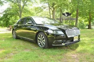 101 4 passenger black lincoln continental sedan NJ PROM LIMOUSINE SERVICE
