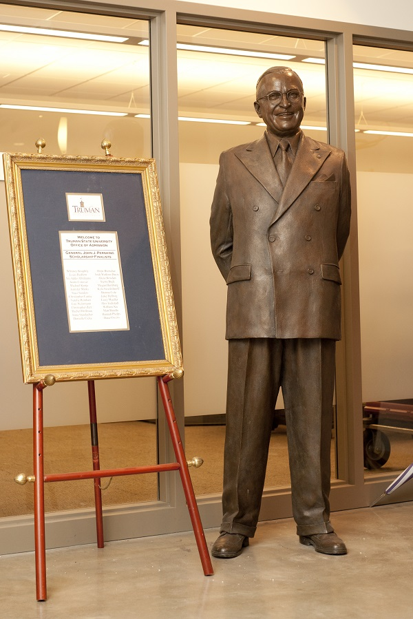 Harry Truman Statue Amp Bust Truman State University