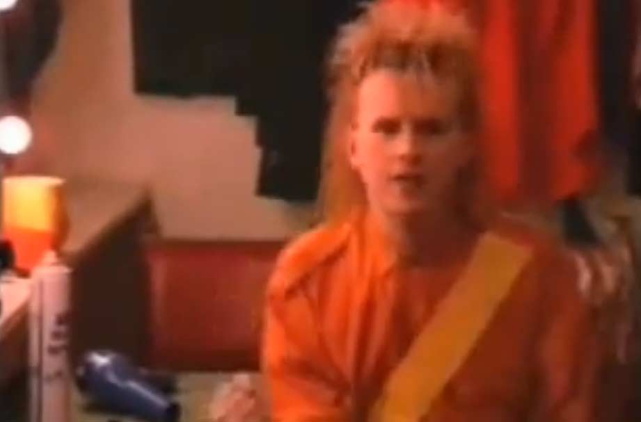 Howard Jones - Things Can Only Get Better - Official Music Video