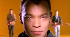 Fine Young Cannibals - She Drives Me Crazy - Official Music Video