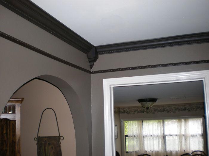 Molding Crown Color Dark