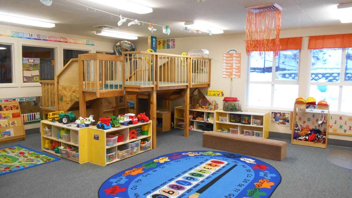 Teachers & Classrooms - Children's Center - University of ...