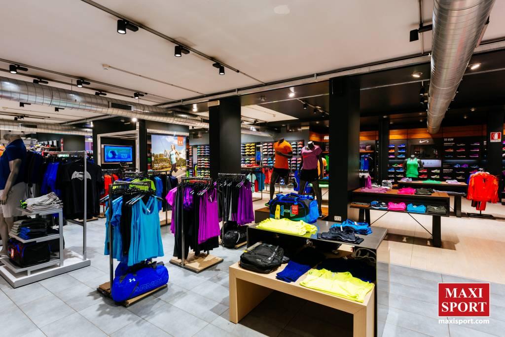 MAXI SPORT con i suoi 4 negozi è la tua urban destination