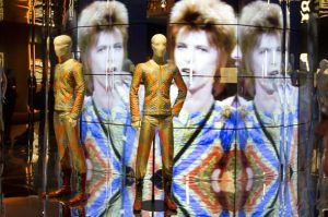 david bowie is... la mostra di david bowie al mombo di bologna