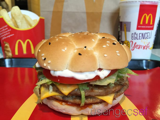 mc donalds and the 4 ps Mcdonald's 4ps mcdonald's 4ps 4172 words dec 3rd,  4 pages mcdonald's and its critics: by the time mcdonald's corporation entered the 21st century, the firm's .