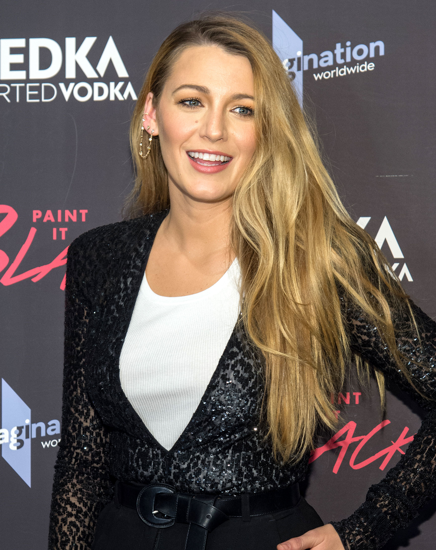 blake lively net worth - HD 1753×2211
