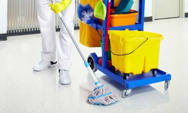 Floor deep cleaning