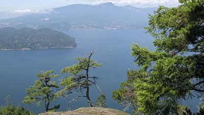 Mount Gardner hiking on Bowen Island, BC | Vancouver Trails