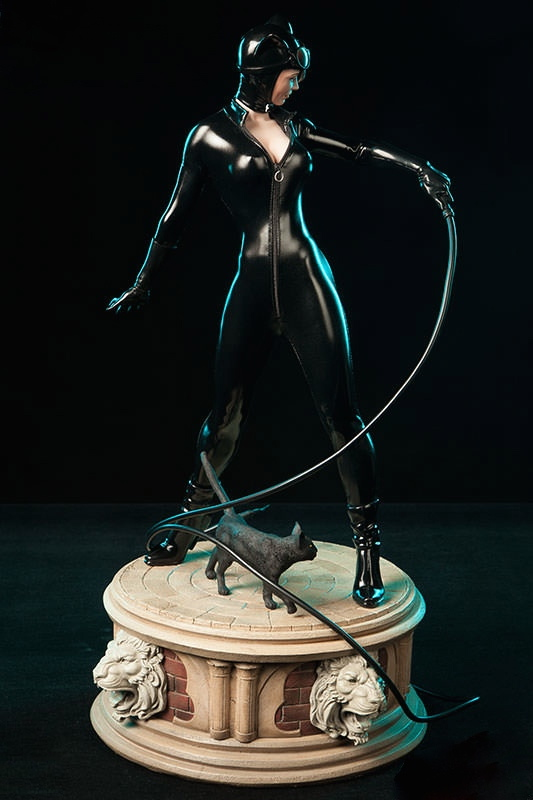 Catwoman Premium Format Figure / Sideshow Exclusive