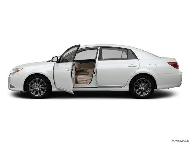 2012 Toyota Avalon Read Owner And Expert Reviews Prices