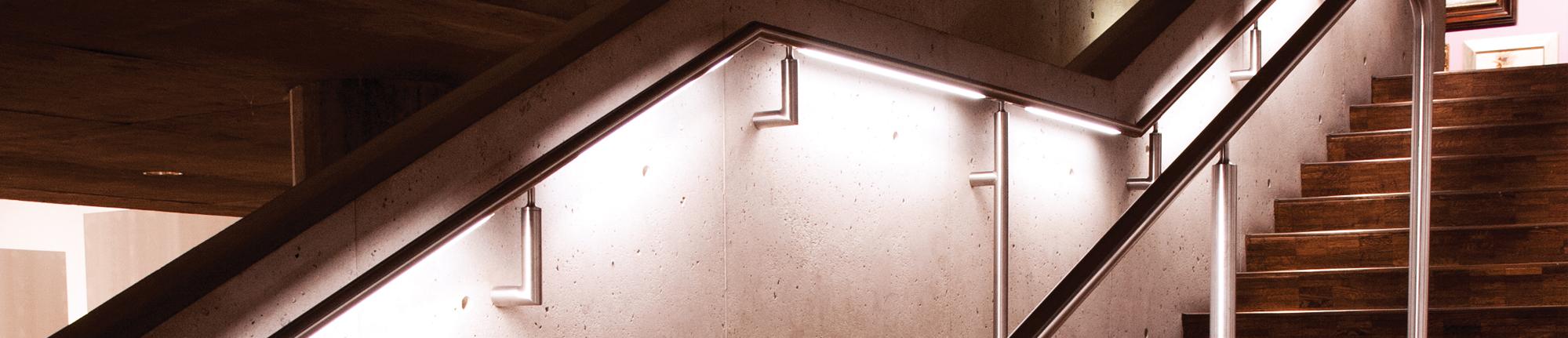 Railing Lights Lumenrail Amp Handrail Lighting Systems Wagner