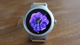 Design and install your own custom Android Wear watch face