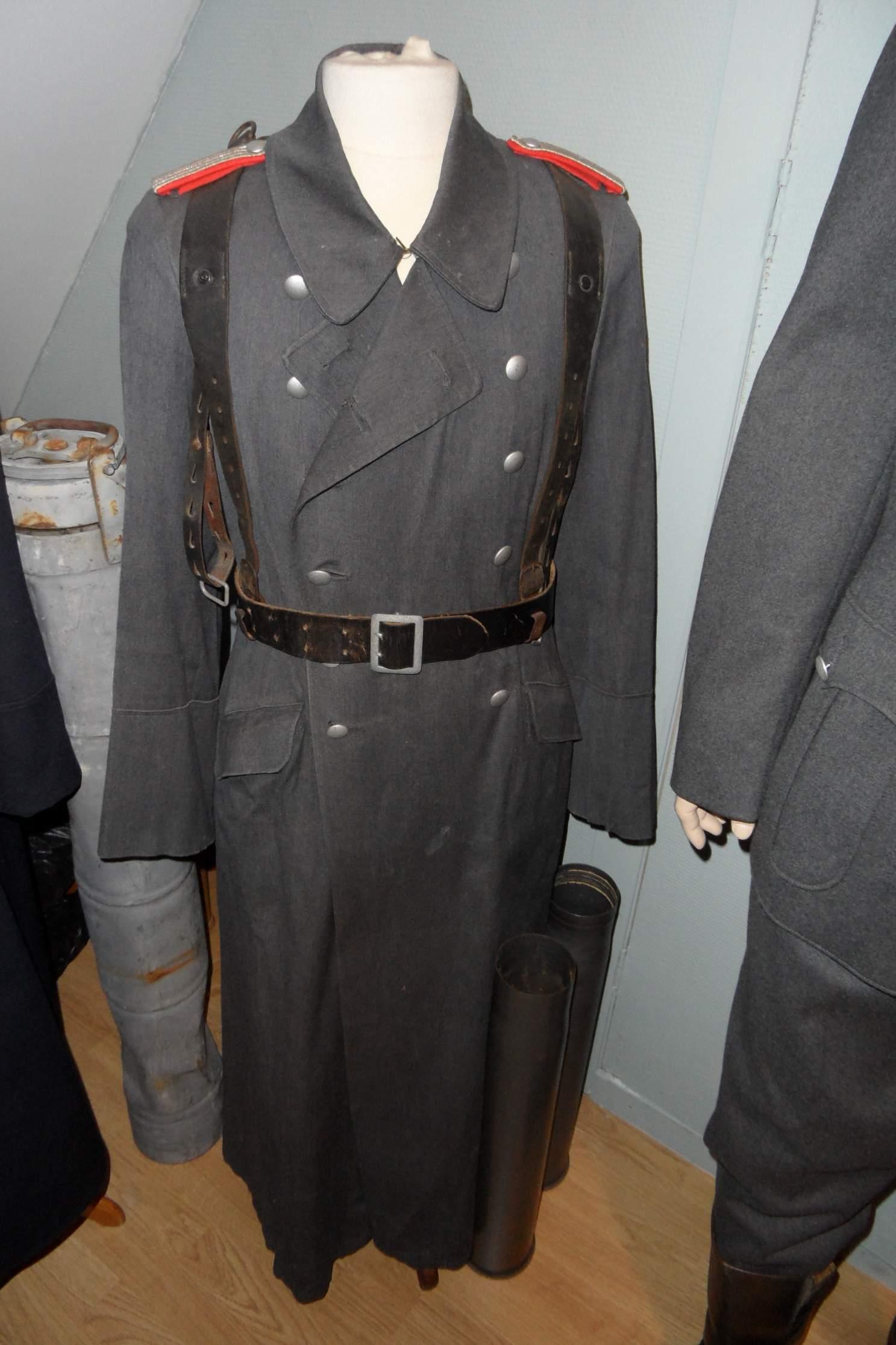 Question Luftwaffe Great Coat