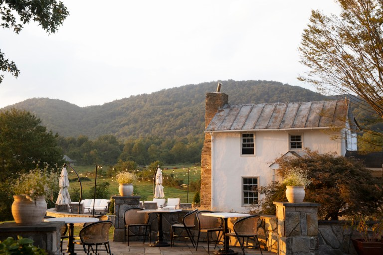 Watch Weekend Escapes: a Beautiful Virginia Wine Nation Inn Debuts with Star Chef Expertise – Google Virginia News