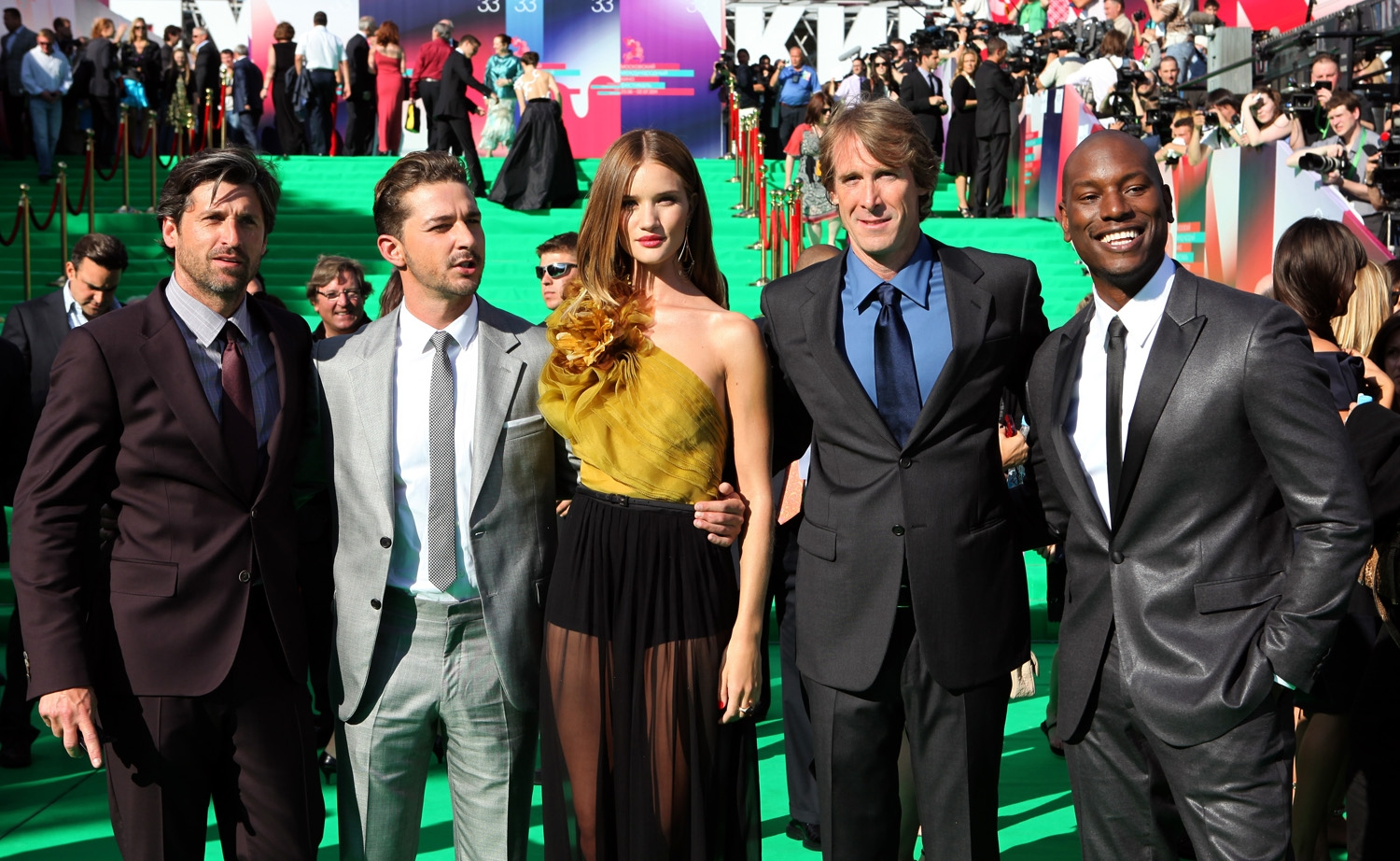 Michael Bay & Cast Moscow World Premiere Interviews From ...