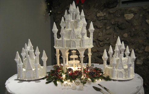 Fairy Castle Wedding Cakes And Wedding Beach Favors white castle wedding cake with fountain