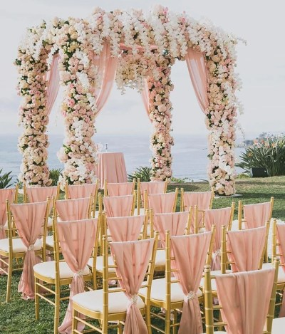 Rose Gold Wedding Theme | Wedding Ideas By Colour | CHWV