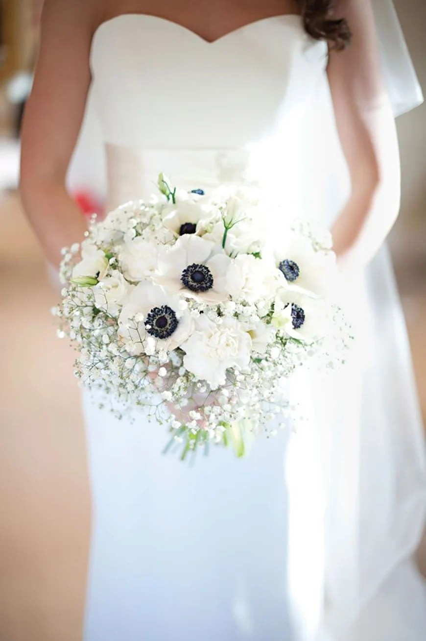 24 Beautiful Winter Wedding Flowers Chwv