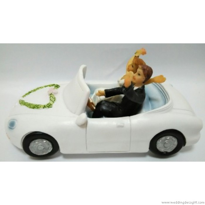 Bride and Groom in a Car Wedding Cake Topper     Bride and Groom in a Car Wedding Cake Topper   WCTF06