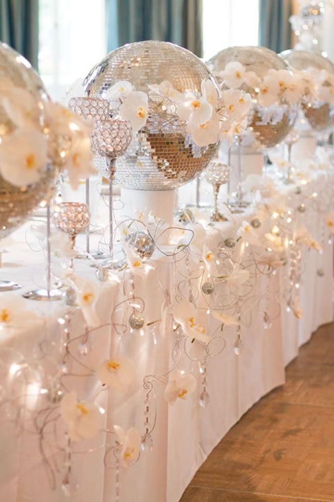 December Wedding Themes