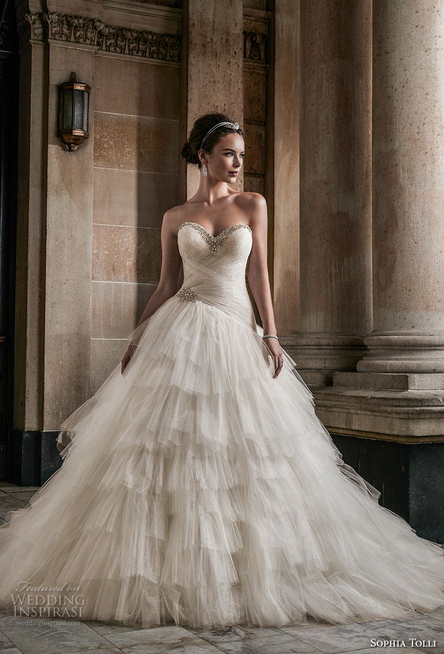 Wedding Dress Soft And Neckline Flare And Fit Sweetheart Embellished Line Lace Tulle