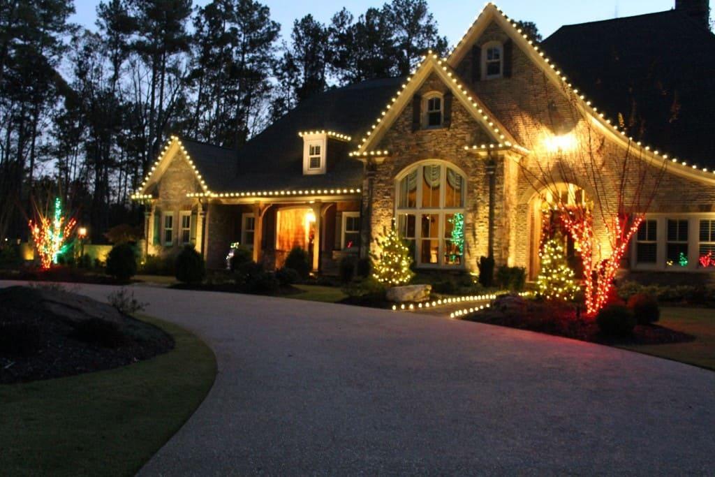 Outdoor Christmas Light Display Ideas