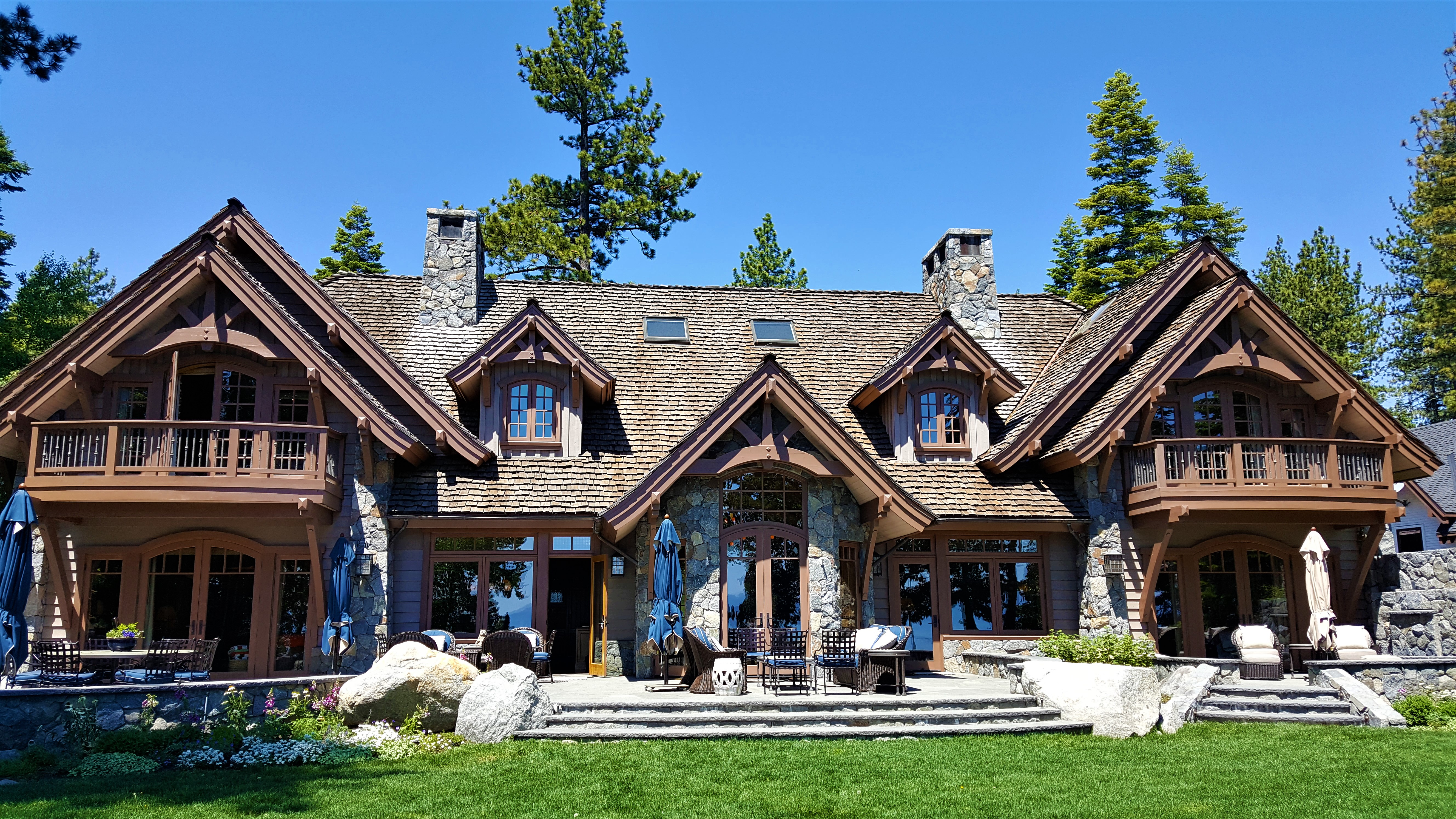Waterfront Homes Fancy