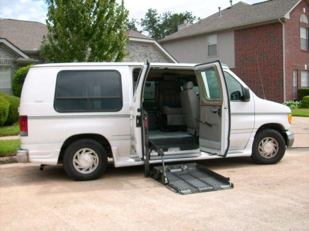 Full Size Handicap Van Used