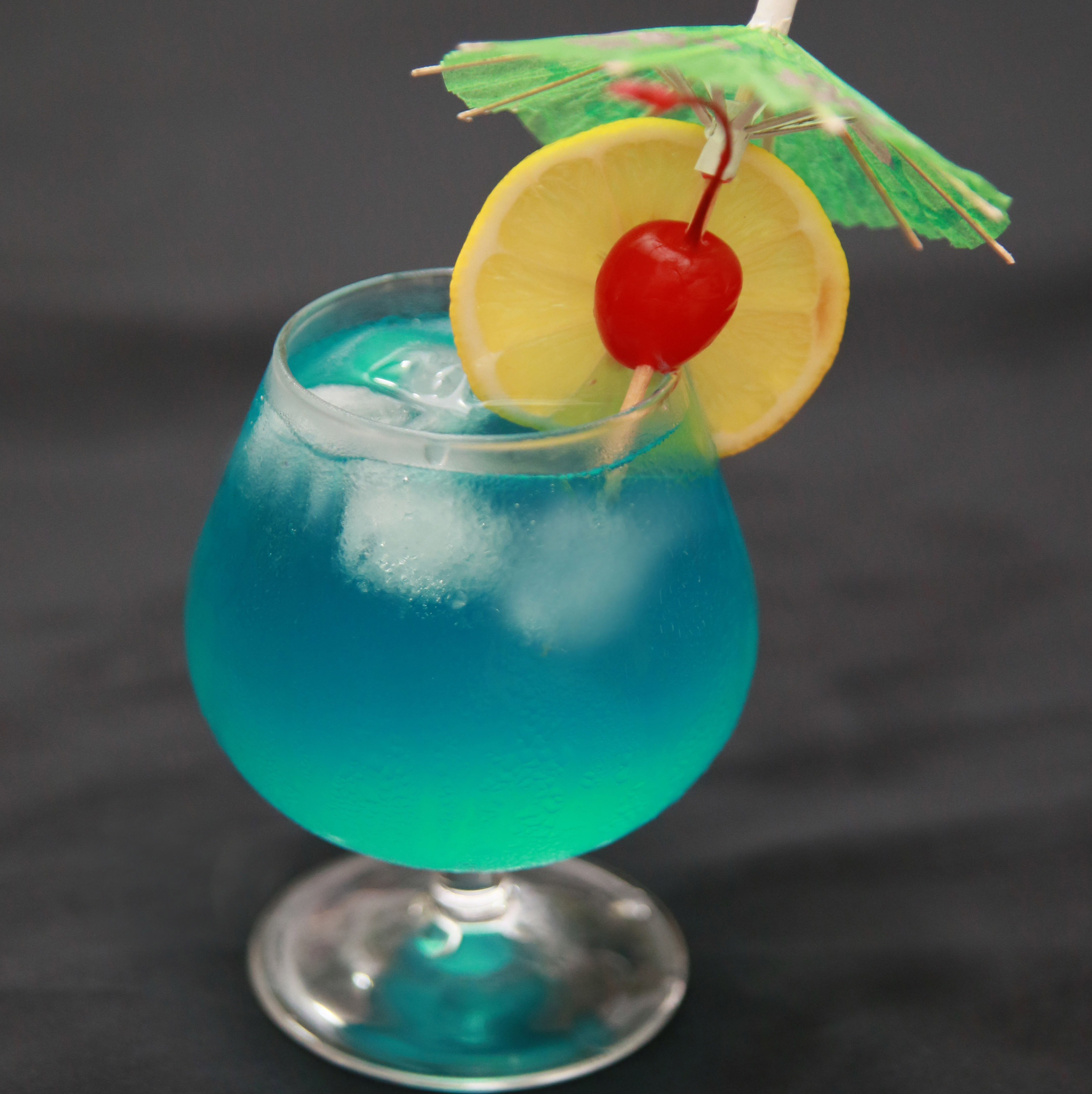 How to Make a Blue Hawaii: 6 Steps (with Pictures) - wikiHow