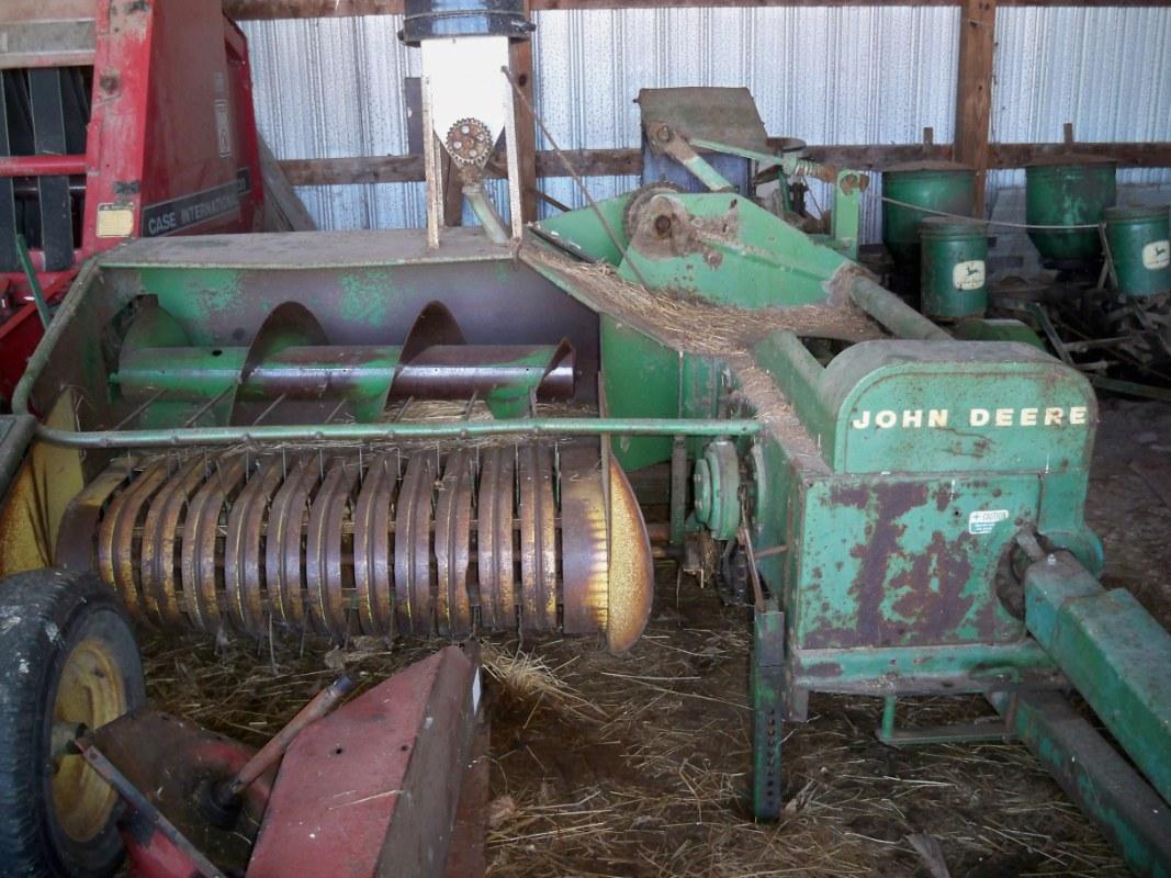 32 Deere Planter John 1