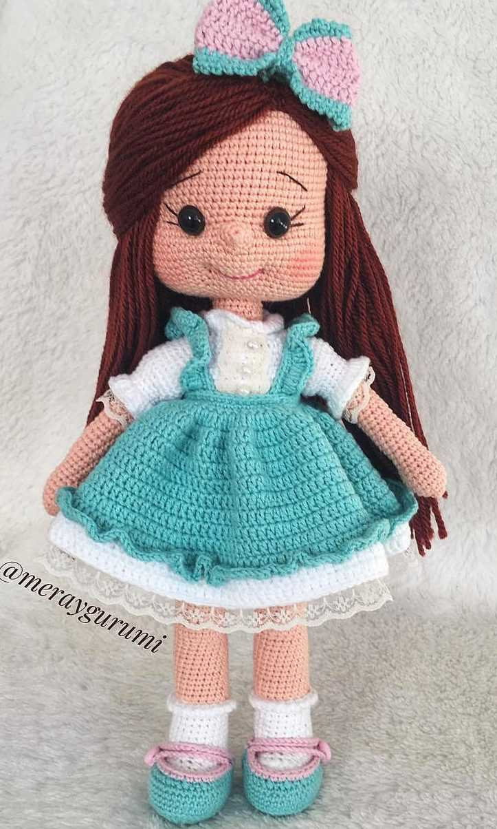 Short Haired Doll Amigurumi Projecy: British Wool | TOFT | 1204x723