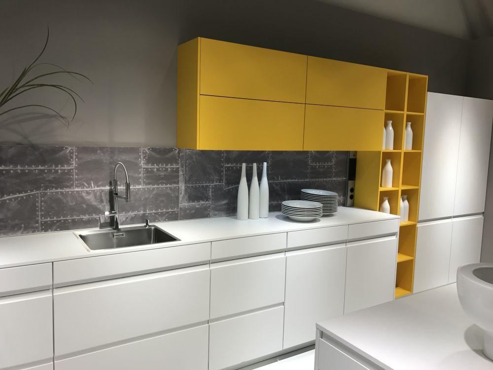 New White Kitchen Designs