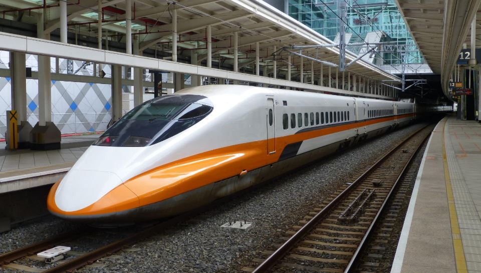 Fastest Bullet Trains In The World 2017, Top 10 List