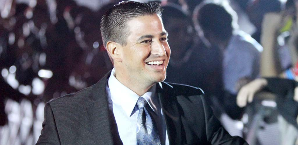 Justin Roberts slams Triple H in interview with Sports ...