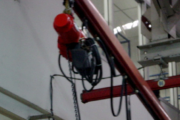 The installation of conveyor pulleys Toshiba Carrier Co. Ltd.