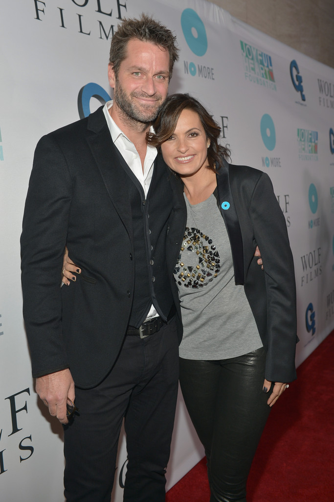 Mariska Hargitay Peter Hermann Photos - JoyROCKS NO MORE ...