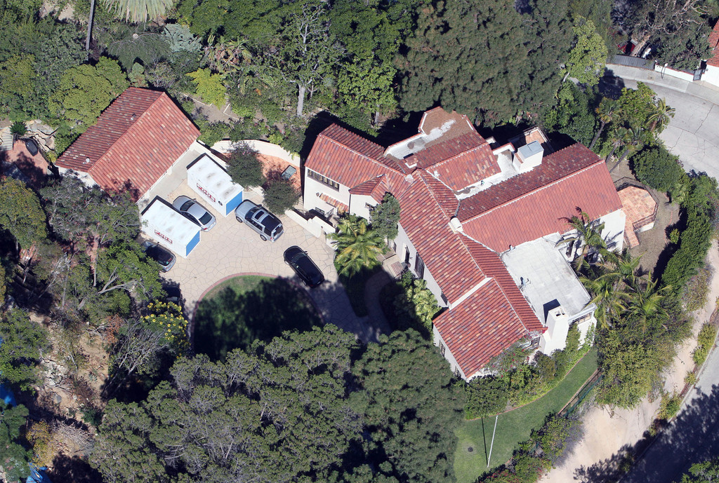 GV: Katy Perry And Russell Brand's Hollywood Mansion - Zimbio
