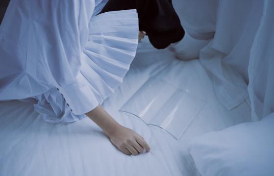 早安心语句子180717:明知道我是你的将就,却还是把你当做我的所有