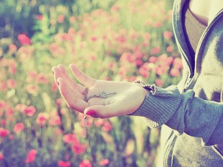 早安心语171007:有时沉默不是不快乐,只是想把心去净空