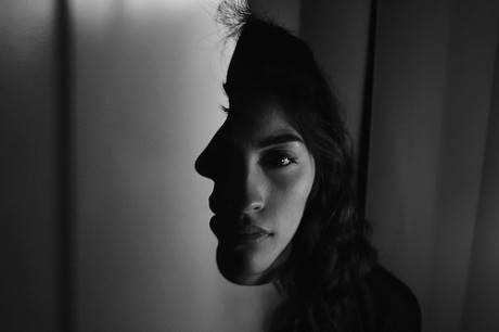 早安心语181007:我不怕天黑与惊雷,我怕你心酸和皱眉