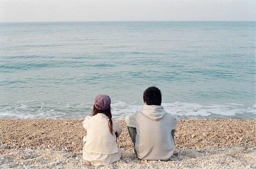 晚安心语171130:我们总习惯眺望远方,不肯凝视身旁