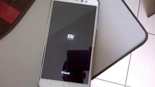 مثال یک راه اندازی مجدد چرخه ای در Xiaomi