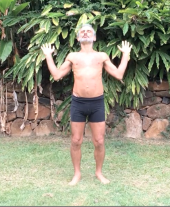 Lung meridian mudra, lengthening the front, by Simon Borg-Olivier
