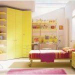 Гардероб в детскую комнату: виды конструкций, варианты организации