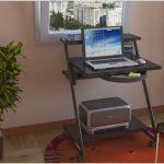 Стол для ноутбука — виды моделей и правила выбора