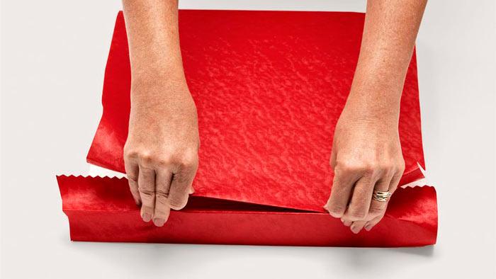 ในภาพที่ปรากฎ - วิธีการบรรจุของขวัญข้าว ครอบคลุมกล่อง