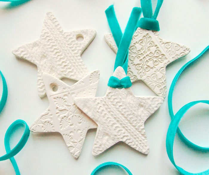 The photo shows - DIY Christmas decorations, fig. Plastic star